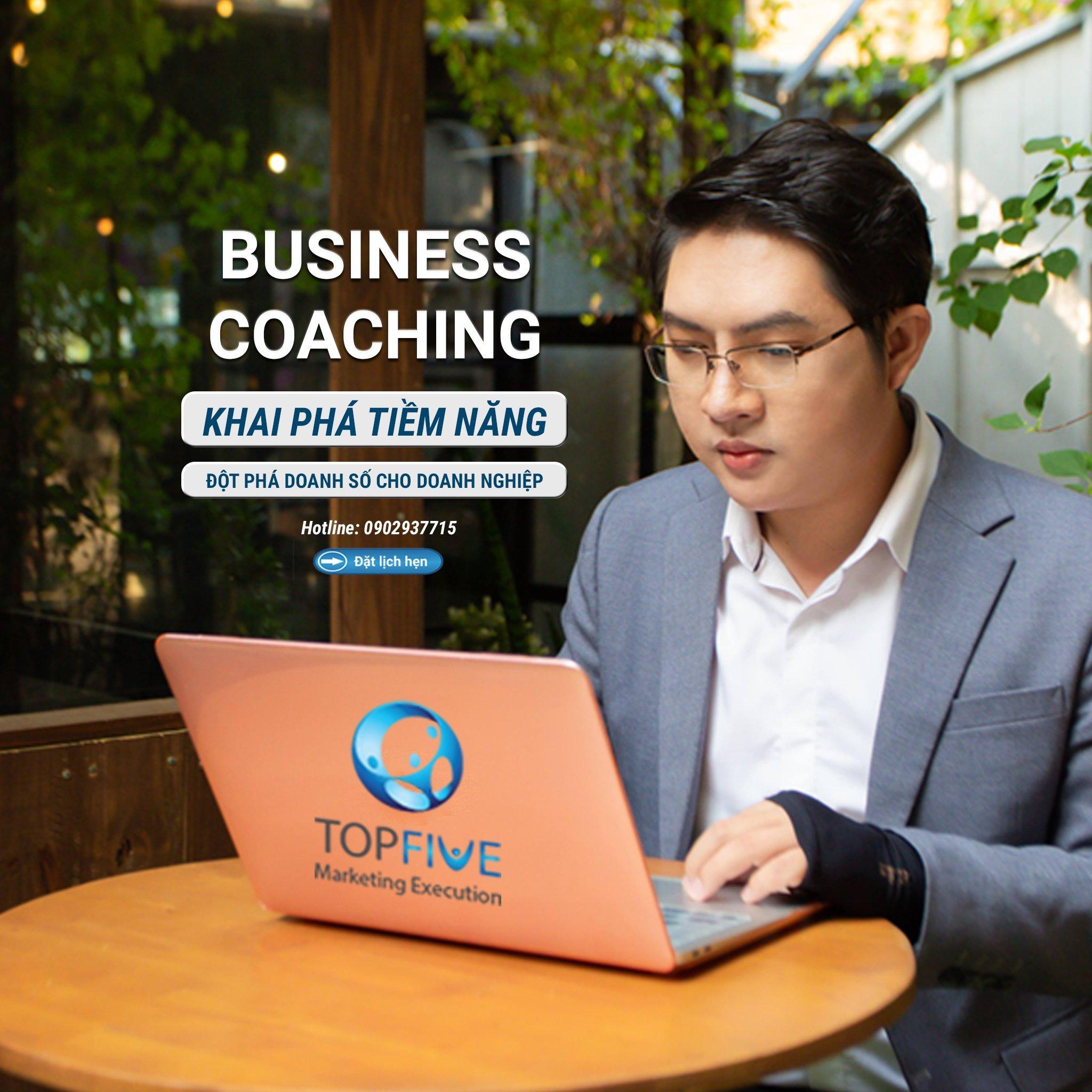 Coach Tân Vương